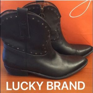 ⭐️LUCKY BRAND BOOTS 💯AUTHENTIC